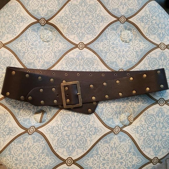 Accessories - Like New! Fashion Belt